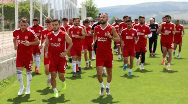 Sivasspor, Denizlispor'u konuk ediyor