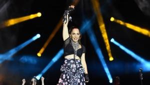Sertab Erener yeni albümünün konserini Yenikapı'da gerçekleştirdi