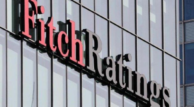 Fitch ABD'nin not görünümünü düşürdü