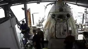 NASA astronotlarını taşıyan SpaceX kapsülü Dünya'ya döndü