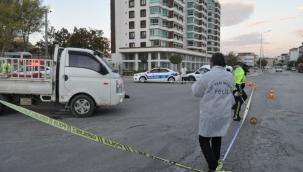 Karaman'da kamyonetin çarptığı yaşlı adam ağır yaralandı