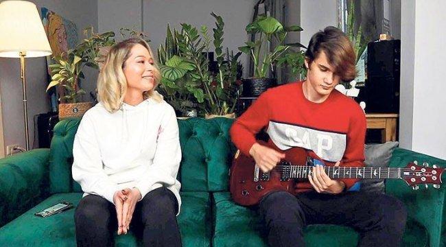 Gülçin Ergül solo müzik kariyerine devam ediyor